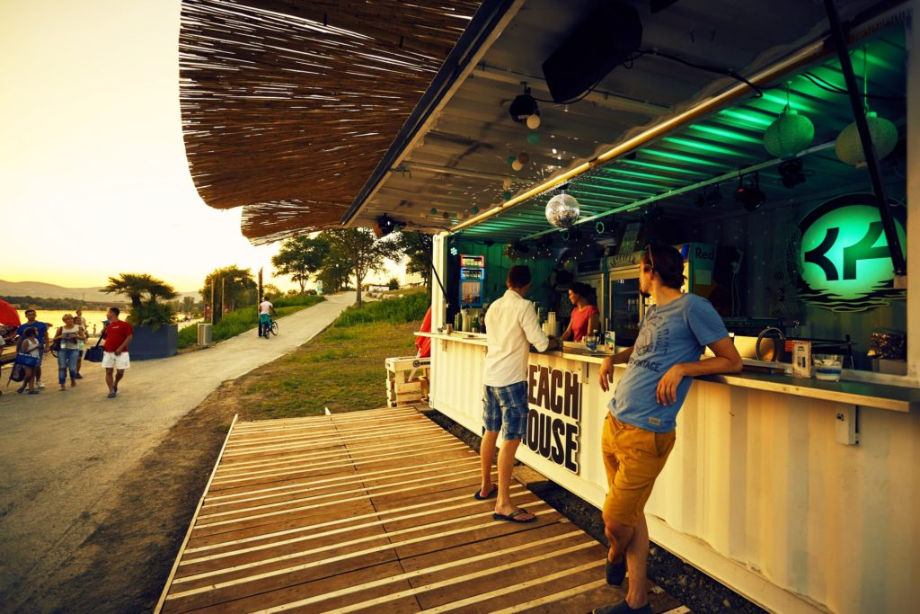 Container Food Truck Bar Beach Drinks